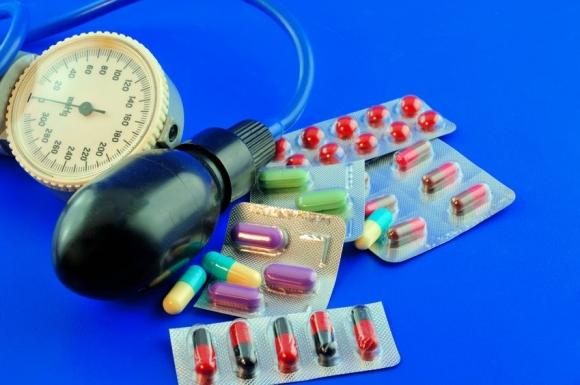 Kiütés a lábakon magas vérnyomás esetén - Övsömör oka, 12..
